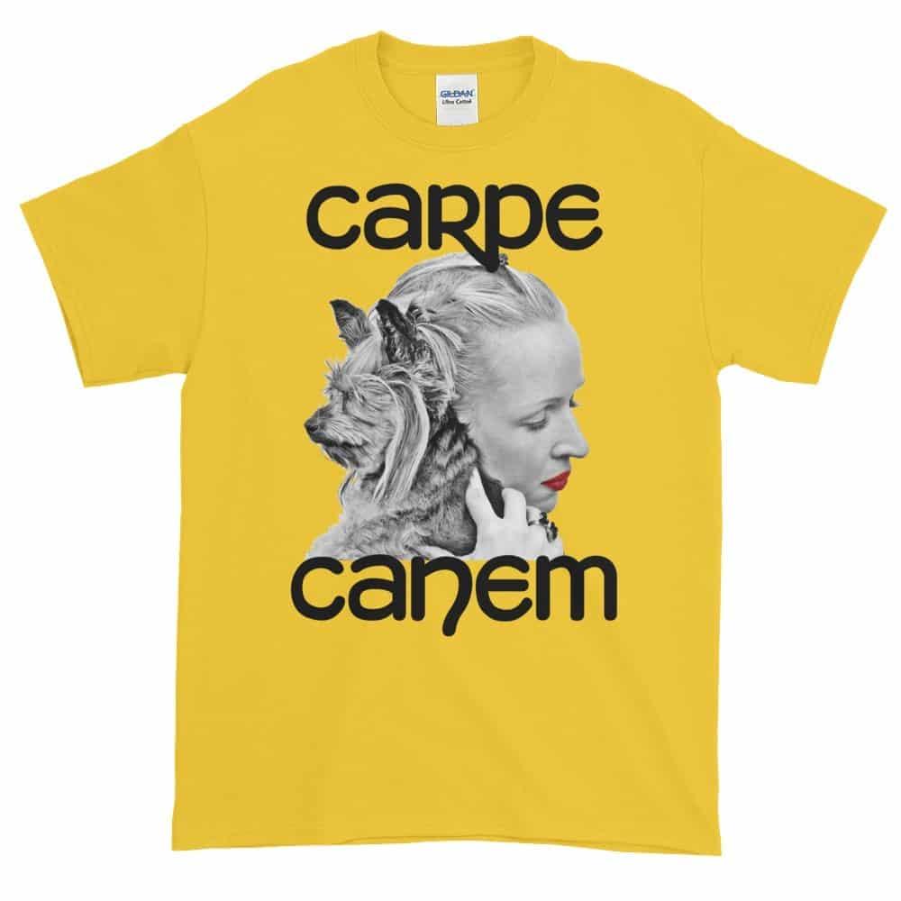 Carpe Canem T-Shirt (daisy)